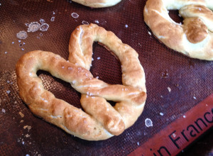 Homemade Mall Pretzels