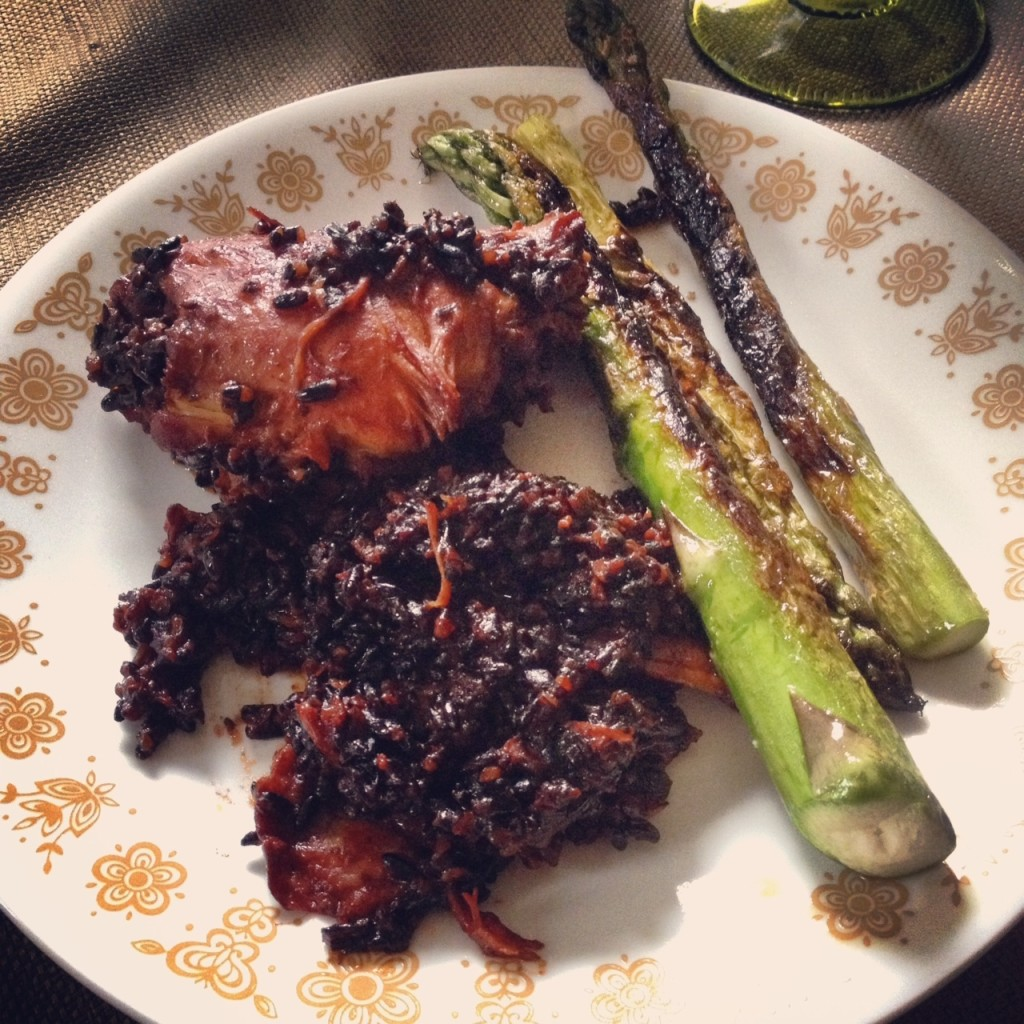 Arroz Negro Con Pollo with a Side of Asparagus